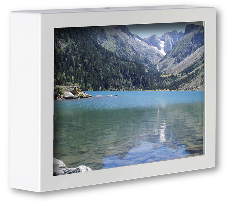 """Picture 1 of Relax & View Video / DVD System (24"""" LED monitor)"""